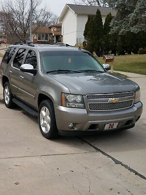2007 Chevrolet Tahoe LTZ Great looking Chevrolet Tahoe fully loaded with 3rd Row Seating