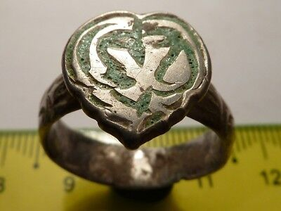 2720	Ancient Roman silver ring with a green enamel 19 mm, 8.32 g