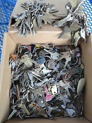 Lot of Cut Keys,  7-8 Pounds