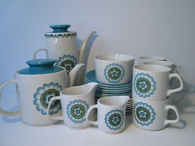 Vintage Retro J & G Meakin Capri Pattern Complete Tea and Coffee Set. 24 pcs.