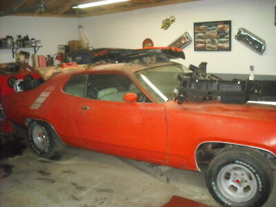 1971 Plymouth Road Runner  1971 Plymouth Roadrunner 340 auto 355 posi disc brakes air condition ps