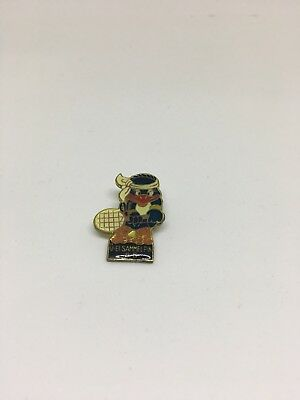 Bingo Birds Pin