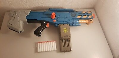 Nerf Zombie Strike - Longshot CS-6 - with Rayven LED ammo clip magazine and ammo