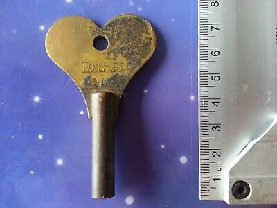 Size 8 Antique Vintage Clock Winding Winder Key Mantle Grandfather 7.5Cm Long