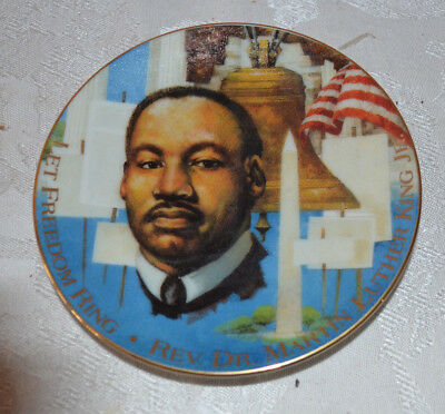 Avon 1995 Rev. Dr. Martin Luther King, Jr saucer plate