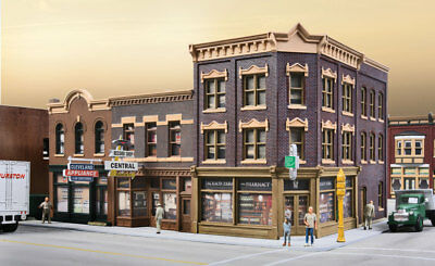 Walthers Cornerstone HO Scale Building/Structure Kit Merchant's Row V