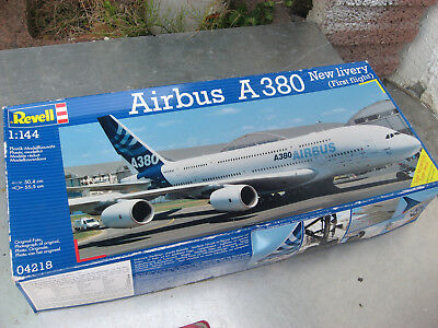 Revell 1:144  AIRBUS A-380 New Livery ( First Flight) 04218