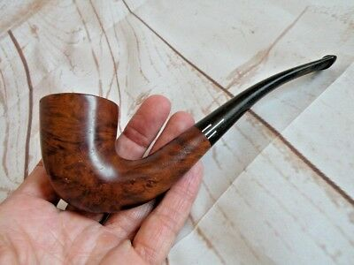 Comoy's The Everyman London Pipe Wood Birdseye Some bite marks Pre-owned