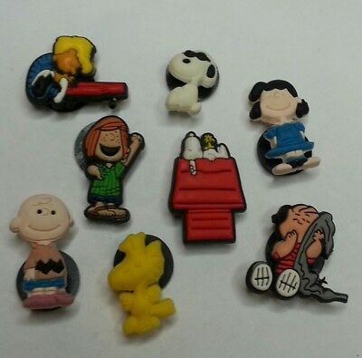 8pc PEANUTS SHOE CHARMS Lot set CHARLIE BROWN WOODSTOCK LINUS SCHROEDER SNOOPY +