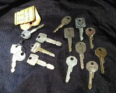 Lot of 13 Car Keys Including Mustang GM Ford