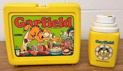 GARFIELD LUNCH BOX THERMOS 1978 Vintage Yellow Plastic w/ thermos Jim Davis