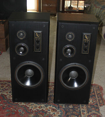 "Infinity SM-125 3-Way Floor Speaker - 12"" Woofers, PolyCell Tweeters XX Clean"