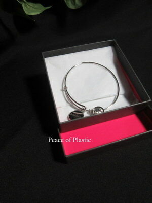 Tupperware Clear Friendship Fountain Charm Bracelet Consultant Award Logo
