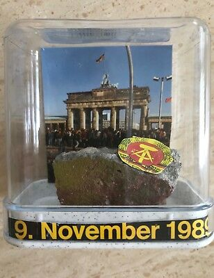 BERLIN WALL Souvenir Paper weight Display Authentic Piece from Berlin