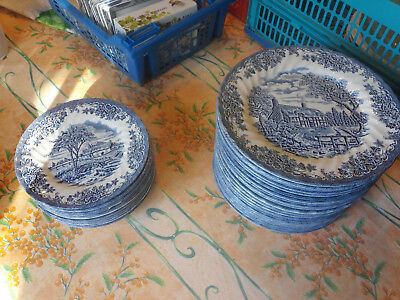 "Exceptionnel: Lot De 24 Assiettes Plates  Bleues "" Churchill"" Made In England"