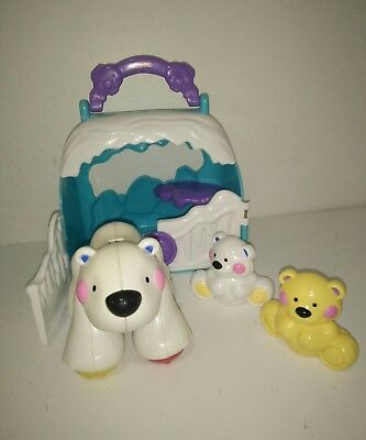 Fisher-Price Amazing Animals Take-along Polar Bear Friends Igloo House Tote