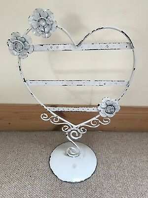 Heart shaped shabby chic jewellery stand, white.