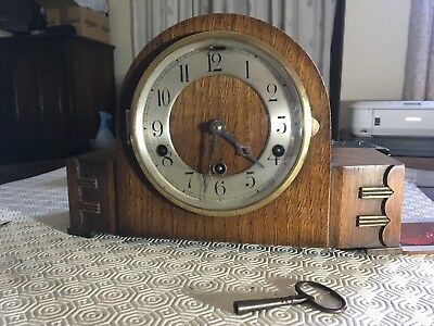 Mantel clock for spares or repair (chimes not working but keeps good time.