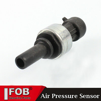 New Low Air Pressure Sensor Transducer For 2505669C91 Bendix 5008677 5005758