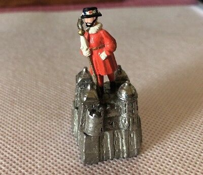Pewter Thimble England London Guard