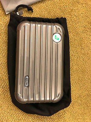 EVA AIR RIMOWA Amenity Kit with pouch - Color Seal Grey