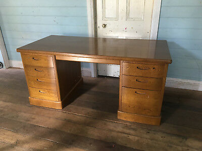 Mid-century hardwood desk in excellent condition