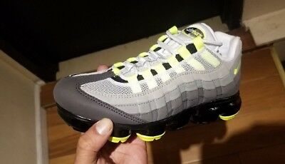 SHIP NOW NIKE Air Vapormax 95 Neon OG 6 13 Black Volt Medium Ash AJ7393 001