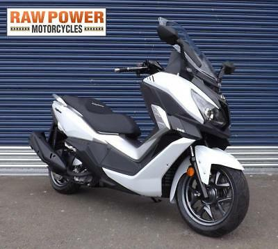 Sym Cruisym 300 Crossover Maxi Scooter 5 Yr Warranty Brand New & Ready To Go