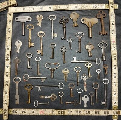 Lot Of Vintage Antique Keys Hollow Barrel Mortise Clock Padlock Cabinet Steamer+
