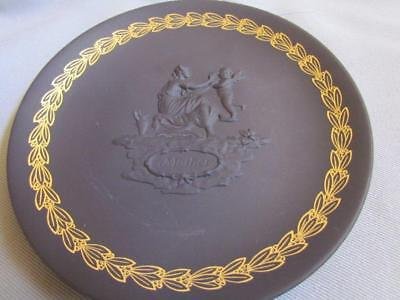 Wedgwood Mother Plate Black & Gold