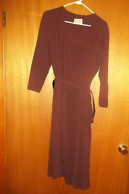 Ladies Vintage 1940's Brown Crepe Dress with Matching Belt