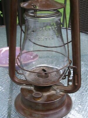 Antique Defiance No. O Perfect Lift Lantern With Globe