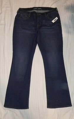 Old Navy Women's Mid Rise Original Boot Cut Jeans Size: 12 SHORT New With Tags