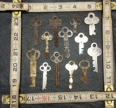 Lot Of Flat Steel Keys Vintage Antique Trunk Lock Cabinet Eagle Yale Corbin More