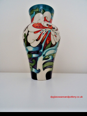 MOORCROFT POTTERY Thoughts in Flight by Emma Bossons, the vase marking trail 21/