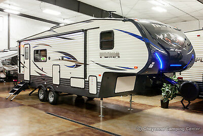 New 2019 255RKS Lite Rear Kitchen 5th Fifth Wheel For Sale Cheap Never Used