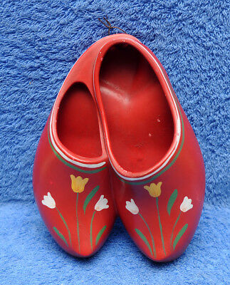 Vintage Brentleigh Ware Ceramic Clogs For Wall Hanging England