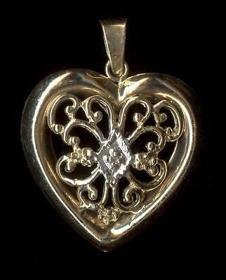 New 14K 1.18 Gram 22mm Solid Yellow Gold Natural Diamond Round Heart Pendant yV