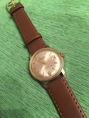 Mens Vintage Geneva 17 Jewel Swiss Made Gold Tone Date Watch. Running.