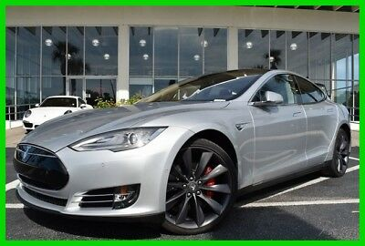 Tesla Model S P85D ~~ Low Miles ~~ 1 - Owner Clean Carfax ~~ Must see !! 2015 P85D Used Automatic AWD
