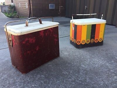 Vintage Retro rustic Mid Century plastic Esky Metal Cooler Cool box Collectable
