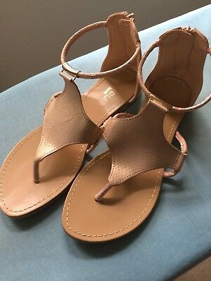 Girls Gold Sandals, zip-up back, excellent condition, a Myer brand