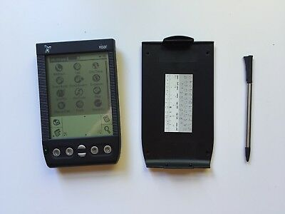 Handspring Visor PDA Complete with Cover, Leather Case, Stylus and USB Dock