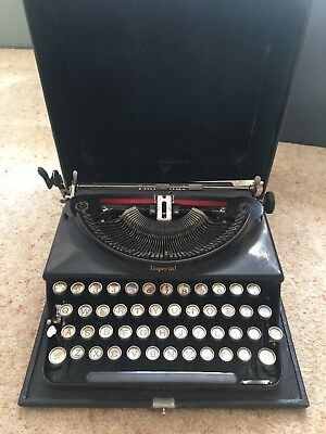 "Vintage Imperial ""The Good Companion"" Typewriter 1930's Vintage / Collectible"