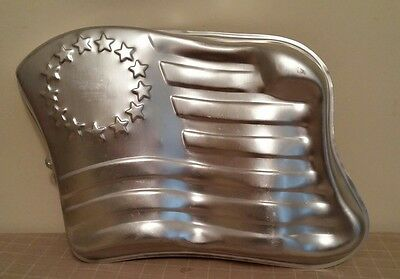 Wilton American Flag Cake Pan Mold Stars and Stripes #502-283 Vintage