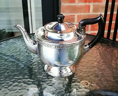 Silver plate tea pot  by Viners of Sheffield