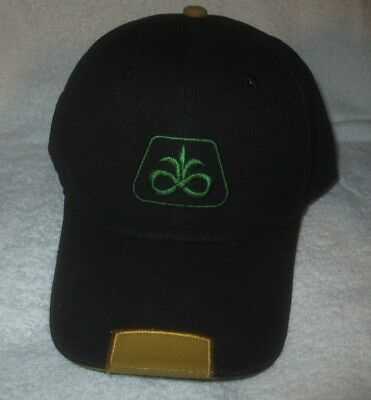Pioneer Seed Company Strapback Trucker Hat/Cap Black Embroidered NWOT corn farm
