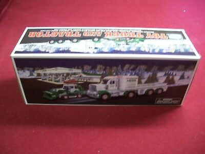2013 HESS TOY TRUCK and TRACTOR M.I.B.