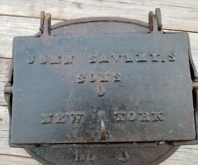 RARE Antique John Savery's Sons Co. No. 0 Cast Iron Waffle Iron. 19th century