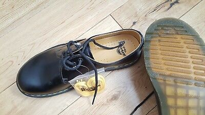 Dr Martens 3 Eyelet Leather Shoes  UK Size 7. New with box and labels. £65